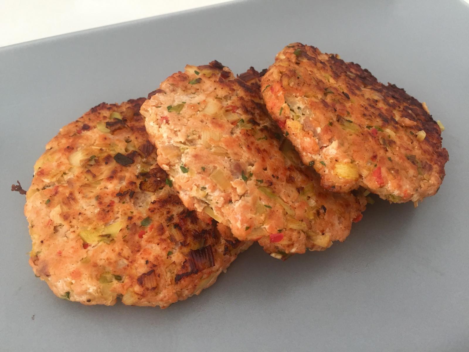 Hamburguesa de salmón con pimiento para comprar on line