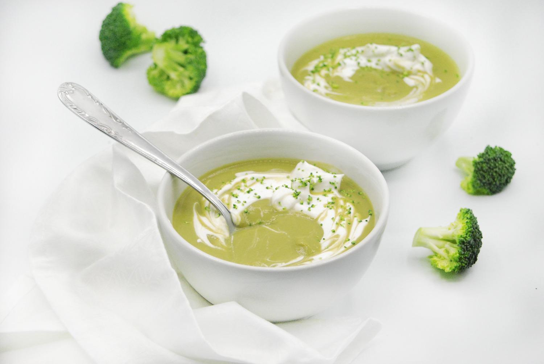 Receta de crema nutritiva de brócoli con espinacas