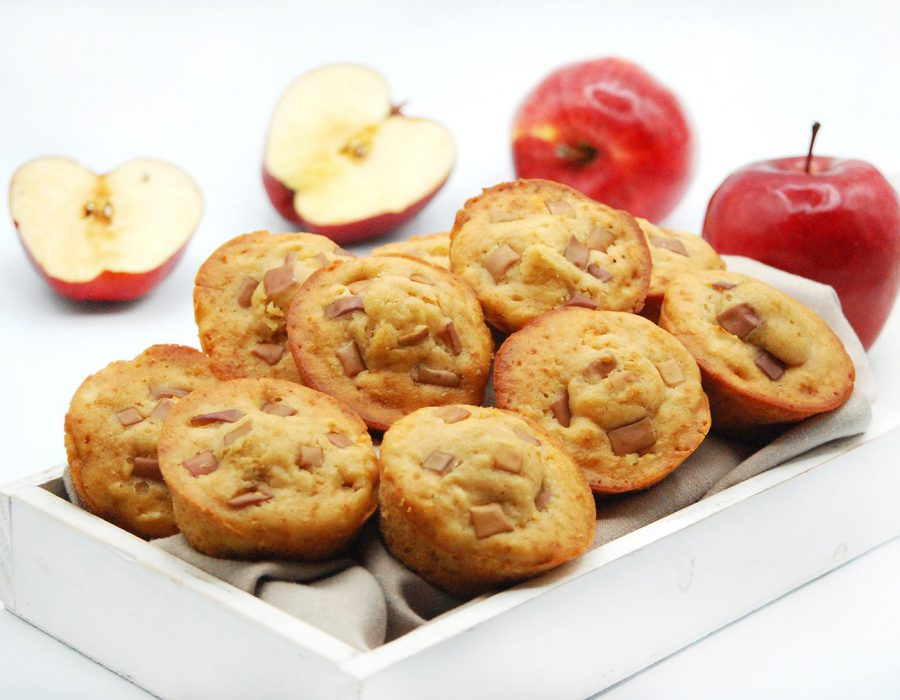Magdalenas de manzana jugosas y tiernas. Receta fácil de preparar.