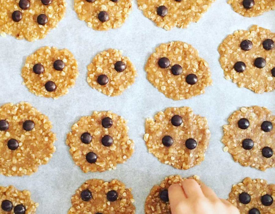 Receta de galletas de avena y chocolate vegano